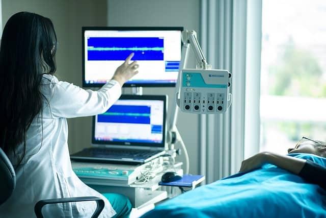 מה עליי לעשות על מנת לקבל פיצויים על ניתוח שכשל